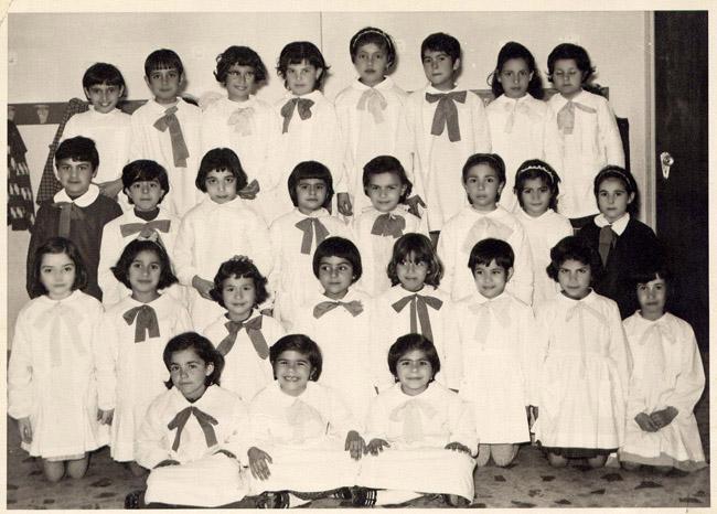 Anche in questa foto qualche amica d 39 infanzia for Maria luisa manca